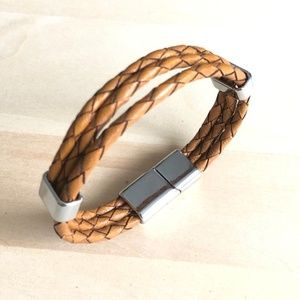 Stainless Steel Leather 8 in Bracelet